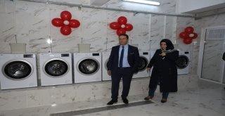 Öğrenciler için ücretsiz Çamaşır Evi