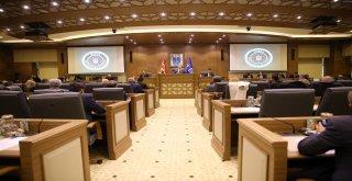 Büyükşehir'de renkli meclis