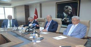 Balıkesir'de gerçekleştirilecek 'Uluslararası Türk Kültürü ve Medeniyeti Kongresi' tanıtım toplantısında konuşan Büyükşehir Belediye Başkanı Zekai Kafaoğlu 13,5 milyon metrekareyi kapsayan Türk coğraf