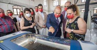Başkan Soyer'den gençlere 101'inci yıl hediyesi