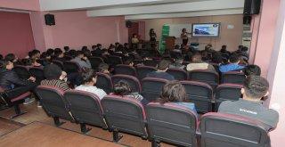 Öğrencilere çevre ve geri dönüşüm eğitimleri devam ediyor