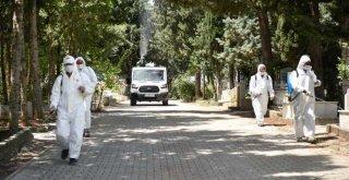 Büyükşehirden mezarlıklarda Kurban Bayramı temizliği
