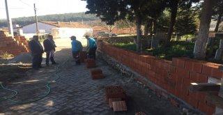 Heybeli'nin Mezarlık Duvarı Yenileniyor