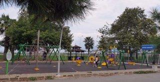14 mahalleye 14 çocuk parkı  ?