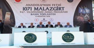 İBB BAŞKANI UYSAL: 'MALAZGİRT'İ HATIRLAMA ANLAMINDA İSTANBUL'UN SORUMLULUĞU VAR