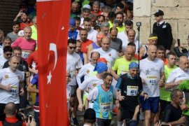 Dündar: 'Yarı Maratonda Marka Olduk'