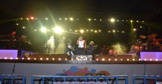 30 Ağustos Zafer Bayramı'nda Sıla Konseri Coşkusu