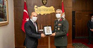 Ege Ordu Komutanı Sivri'ye şükran ziyareti