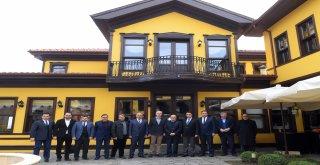 Osmangazi Belediyesi'nden Öğrenci Yurdu Protokolü