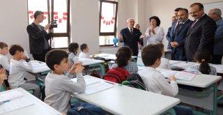 Yarım asırlık okulda ,alkışlanan dönüşüm