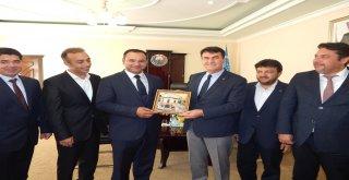 Osmangazi ve Turakurgan Arasında Kardeşlik Pekiştirildi