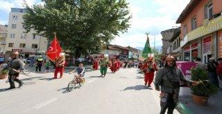 GÜRSU'DA COŞKULU FESTİVAL AÇILIŞI