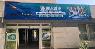 Üniversite adaylarına ücretsiz rehberlik hizmeti