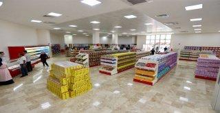 Paranın Geçmediği Tek Market: Ümraniye Belediyesi Sosyal Market