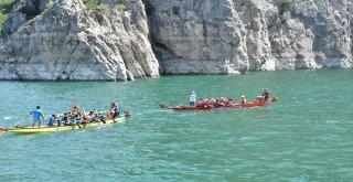 Bakan Zihni Şahin: Şahinkaya Kanyonu Dünya Harikası
