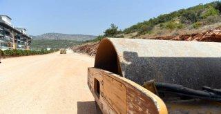 Büyükşehir Belediyesi, Gülnar'da Yolsuz Köy Bırakmıyor