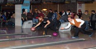 Osmangazi Ailesi Bowling Turnuvasında Buluştu