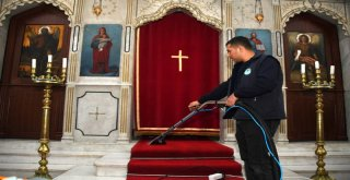 Büyükşehir Belediyesi İbadethane Temizliklerini Sürdürüyor