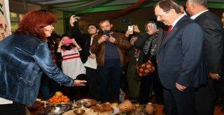 Başkan Zihni Şahin'e Minik Öğrencilerden Sevgi Seli.