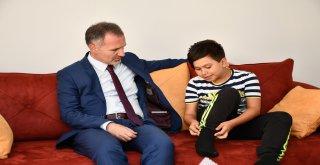 Başkan Taban Köpek Saldırısına Uğrayan Ahmet Can'ı Ziyaret Etti