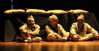 1315 Tevellüd Adlı Tiyatro Oyunu İzleyicilerle Buluştu