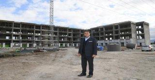 Osmangazi'de Kaliteli Yaşam Merkezi Hızla Yükseliyor