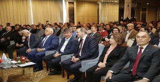 Türel: 'Antalya'yı denizle barışık hale getirmeye çalışıyoruz'