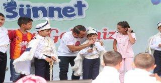 Arnavutköy'de Yüzlerce Çocuk Erkekliğe İlk Adımını Attı