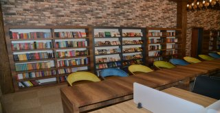 Büyükşehir Belediyesi'nden öğrencilere yeni kütüphane