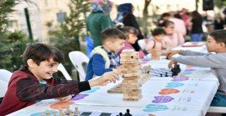 ÜSKÜDAR'DA 5 ÇAYI BULUŞMALARI DEVAM EDİYOR