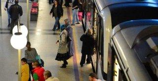 Zafer Bayramı'nda toplu ulaşım 1 kuruş