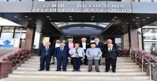 İzmir için el ele