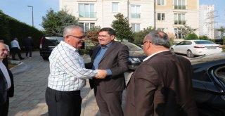 Başkan Hasan Can ve AK Parti Ümraniye İlçe Başkanı Av. Mahmut Eminmollaoğlu'ndan Hac Vazifesini Yerine Getiren 15 Temmuz Gazisi Kemal Uyar'a Ziyaret
