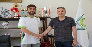 Büyükşehir'de Zafer Sezer Alp İle Sözleşme Yenilendi
