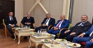 Akdenizin En Beğenilen Büyükşehir Belediye Başkanı Başkan Kocamaz Oldu