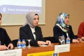 Bursa Büyükşehir'in  panelinde 'kadın,hak ve adalet' konuşuldu