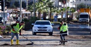 Büyükşehir, Yaşanan Sel Felaketine Anında Müdahale Etti