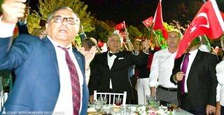 İzmir'in gecesi