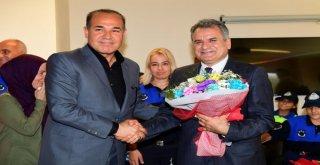 Büyükşehir Belediyesi Zabıtalarından Başkan Sözlü'ye Ziyaret