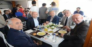 Balıkesir Büyükşehir kampüste  çorba evi  açtı