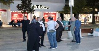 Başkan Hasan Can Gündüzü Ayrı Gecesi Ayrı Güzel Alemdağ Caddesi'ni Gezerek Vatandaşlar ve Esnaflar ile Sohbet Etti