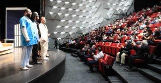 Başkan Zolan: 'Sanatsız bir toplum yaşayamaz'