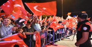 Beşiktaş'ta Özgürlük ve Demokrasi Mitingi!
