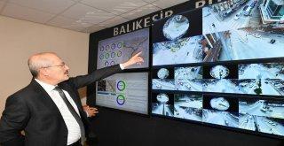 Başkan Kafaoğlu trafik akışını inceledi.
