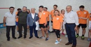 Nilüfer Uluslararası Squash Festivali'nde ödüller sahiplerini buldu