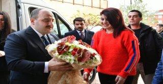 Başkan Zihni Şahin, Bakan Mustafa Varank'ı Ağırladı.