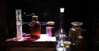 Altın Çağ?da Bilim Sergisi Açıldı