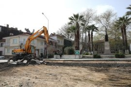 Mudanya'da  meydan yenileme başlıyor.