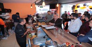 Başkan Hasan Can Ümraniye Burger@Restoranının Açılışını Gerçekleştirdi