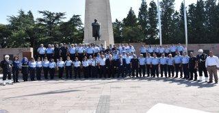 Zabıta teşkilatının kuruluşunun 192. yıl dönümü nedeniye Balıkesir Büyükşehir Belediyesi Zabıta Daire Başkanlığı Atatürk Anıtı'nda bir tören düzenledi.